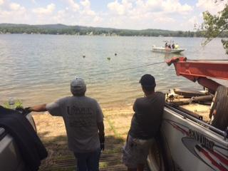 Cherokee County Rescue Squad retrieving vehicles from Weiss lake